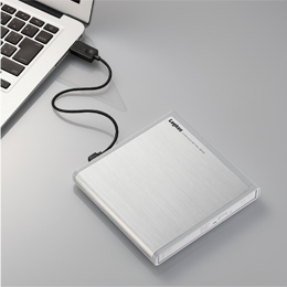 USBケーブル1本のバスパワー駆動